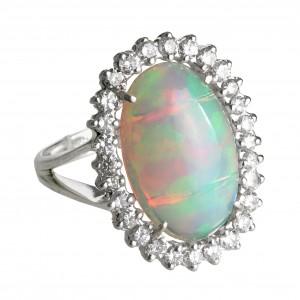 Кольцо с опалом натуральным из серебра